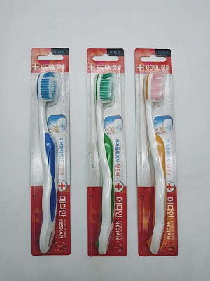 Зубная щетка Median Daily Dental Care Tooth Brush